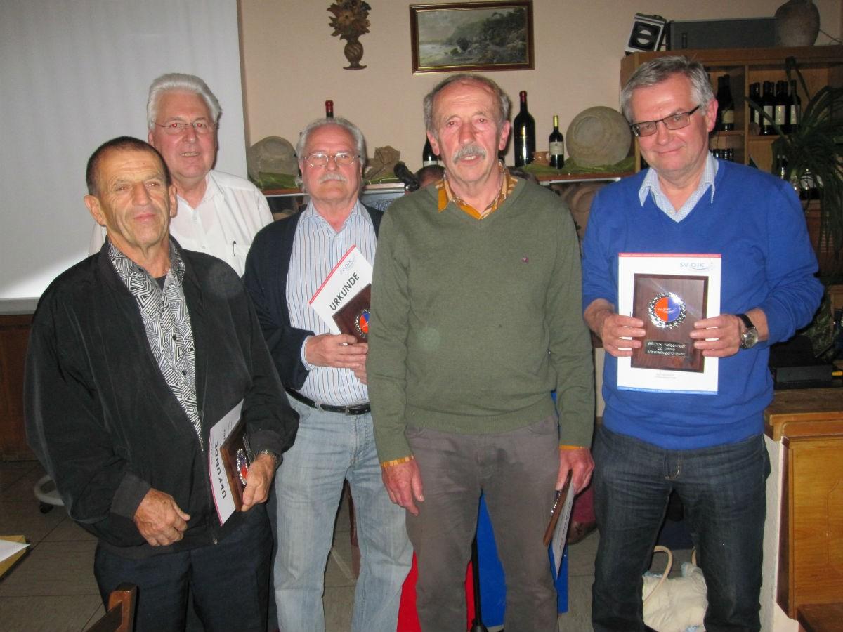 50 Jahre: von links:  Michael Hager, Gerhard Duschl, Heiner Marks, Franz Bucher, Jürgen Beestflesch